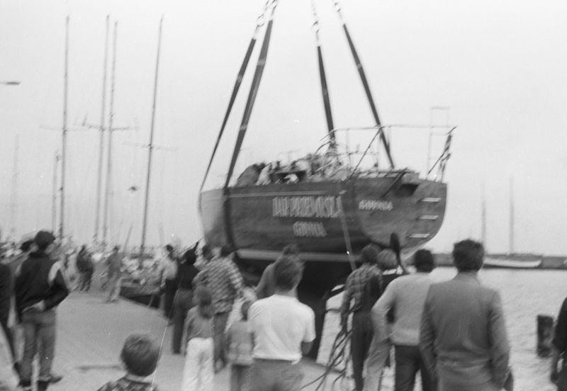 Wodowanie jachtu 2
