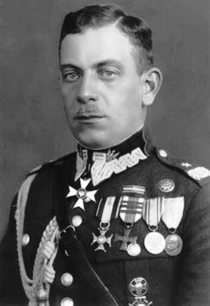 Generał brygady Stanisław Zosik-Tessaro – założyciel Przemyskiego Koła Szybowcowego