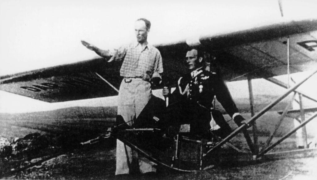 Generał Mieczysław Boruta-Spiechowicz na pokazie szybowcowym