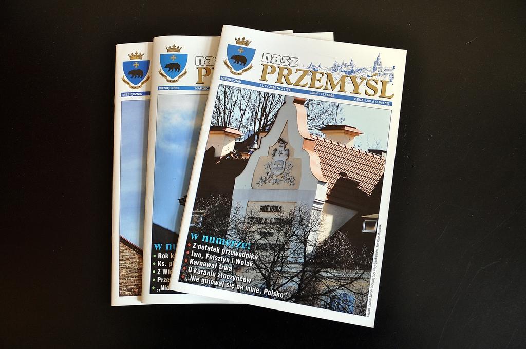 """Egzemplarze miesięcznika """"Nasz Przemyśl"""""""