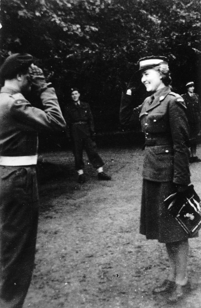 Komendantka kompanii kursowej  och. A. Hanus045.jpeg