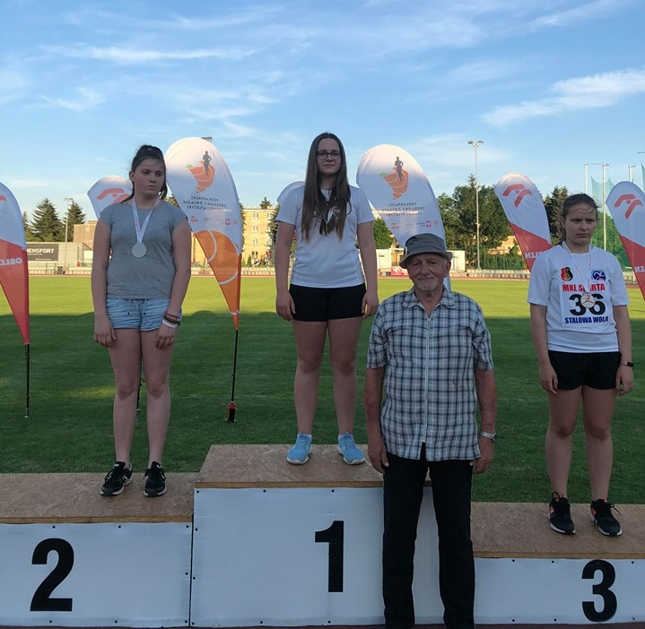 7 medali przemyskich lekkoatletów na Mistrzostwach Podkarpacia Dzieci Starszych (4).jpeg