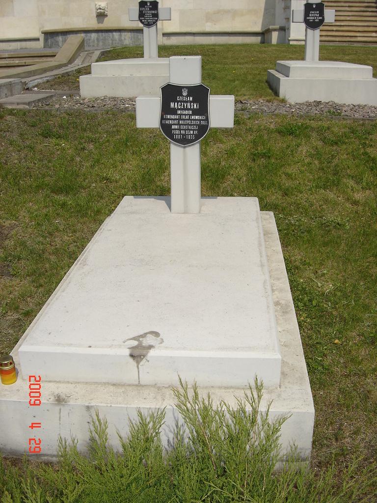 Grób Czesława Mączyńskiego na cmentarzu Obrońców Lwowa