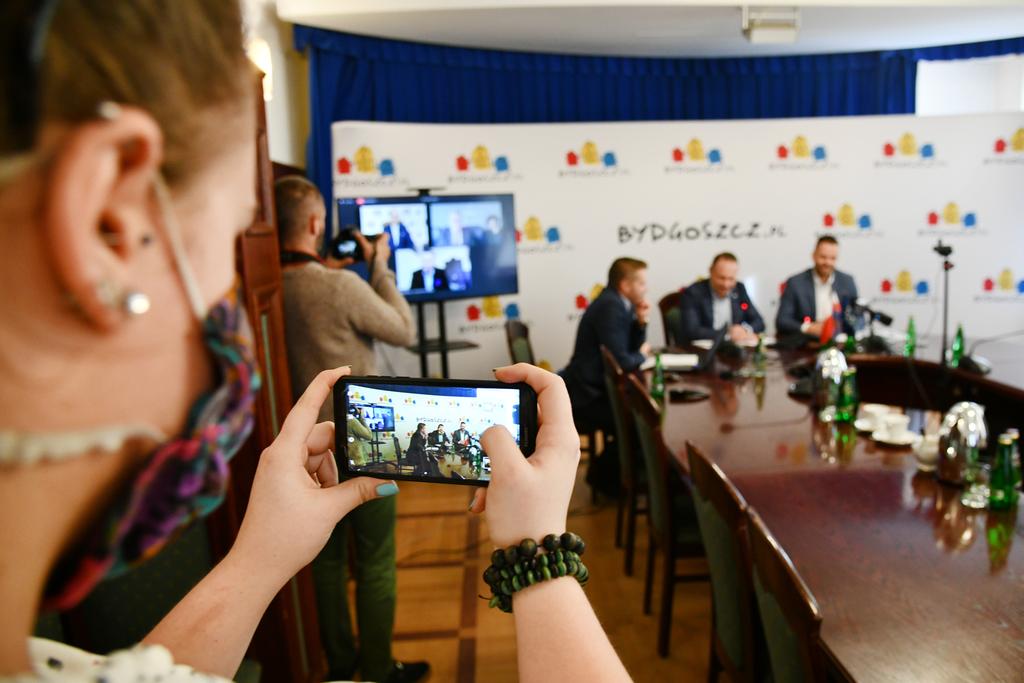 Puchar_Rowerowej_Stoliocy_Polski_konferencja.jpeg