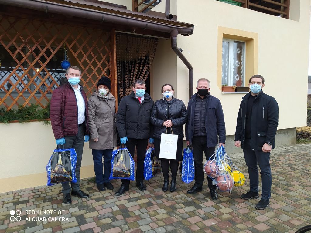 Od lewej Maciej Dębicki, Marcela Tukało,Andrzej Berestecki, Małgorzata Majka-Onyszkiewicz.jpeg