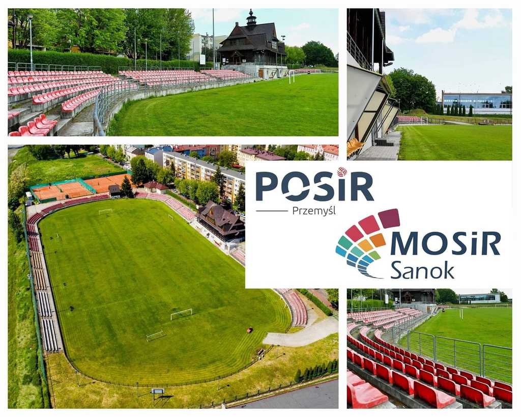 Plansza, na której znajdują się zdjęcia trybun oraz murawy przemyskiego stadionu Czuwaju. Grafika opatrzona jest dwoma logotypami - POSiR-u oraz sanockiego MOSiR-u.