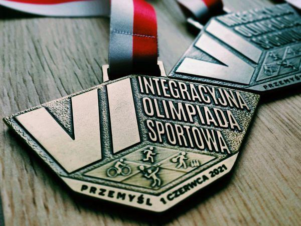 Medal VI Integracyjnej Olimpiady Sportowej