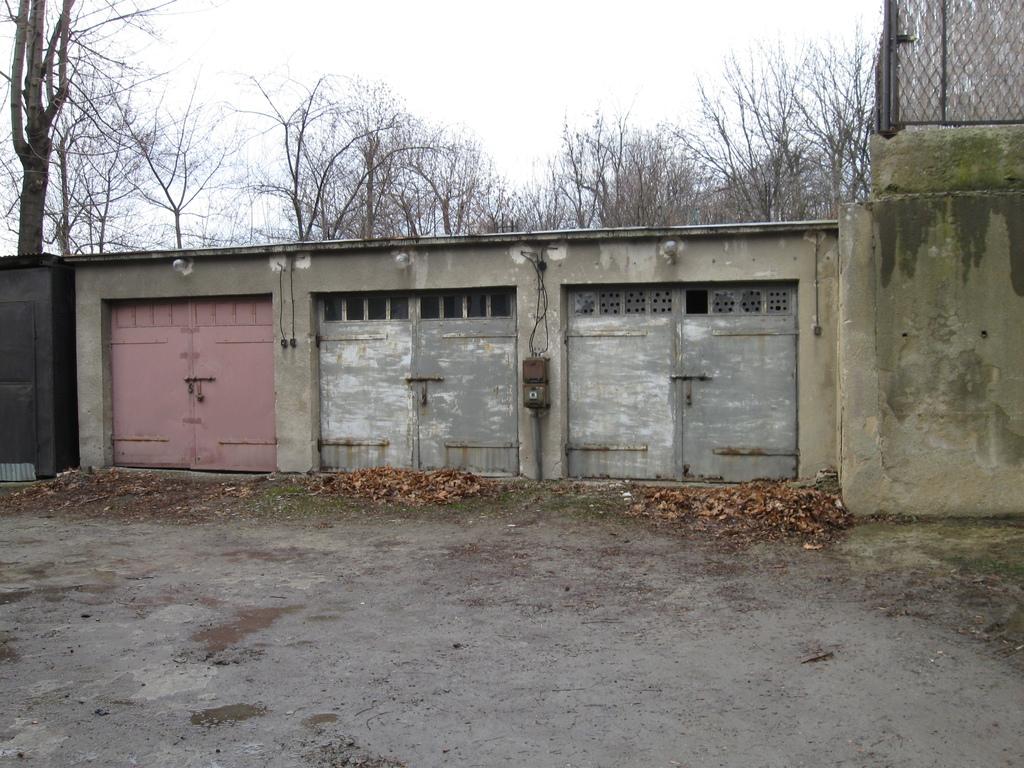 ul. Żulińskiego - garaże.jpeg