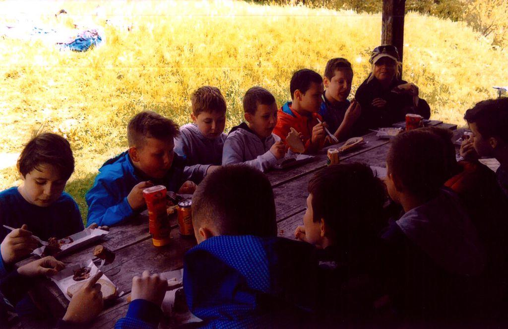 Piknik osiedlowy Z.Oś. Nr 8 Rogozińskiego 11.05.2017_0002.jpeg