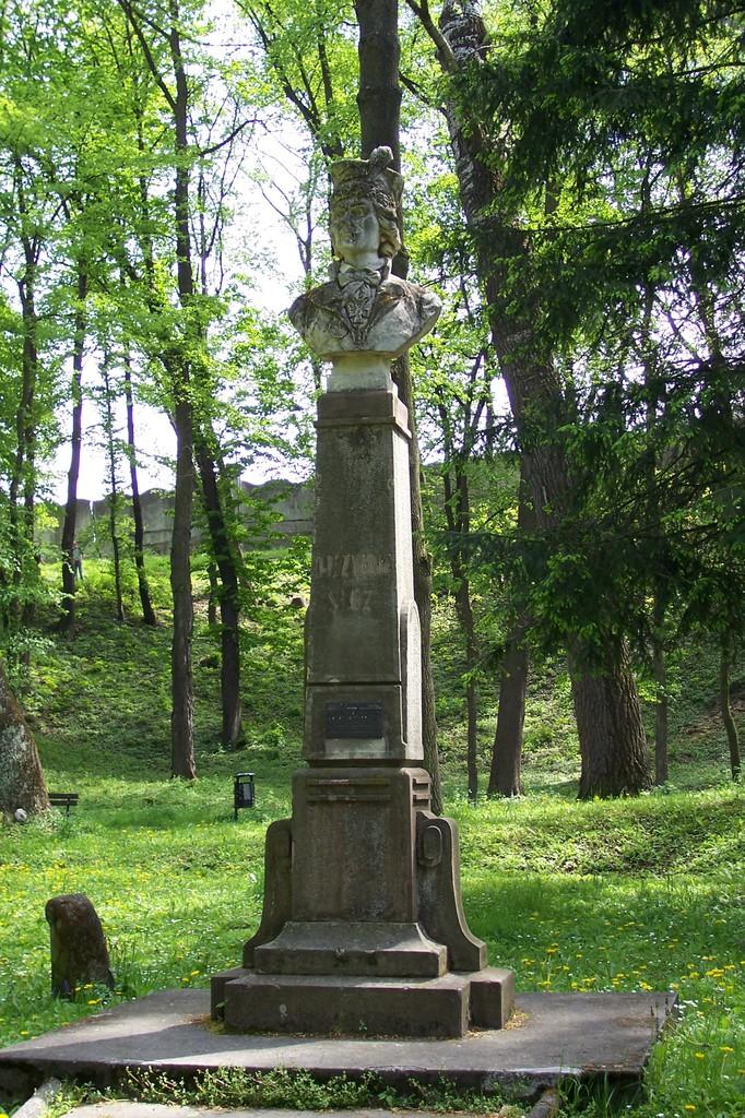 Pomnik Tadeusza Kościuszki w Parku Zamkowym.jpeg