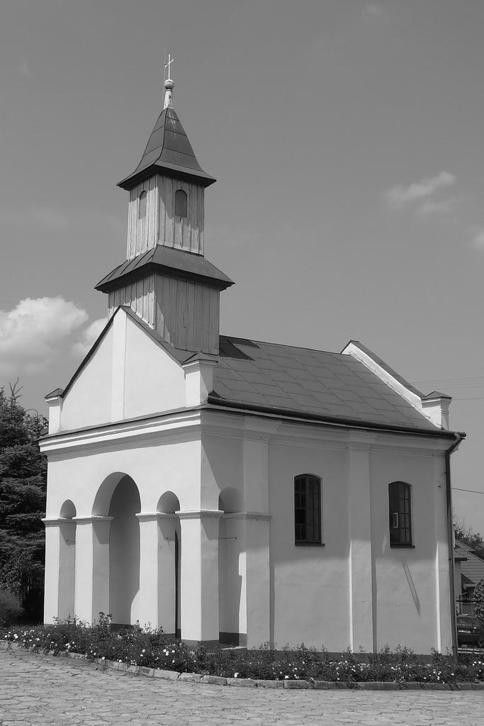 XIX-wieczna kaplica w Prałkowcach. Fot. Dariusz Hop.jpeg