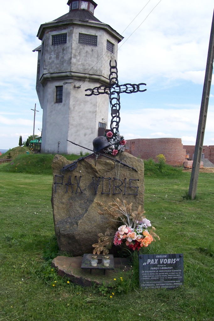 Obelisk Pax Vobis.jpeg
