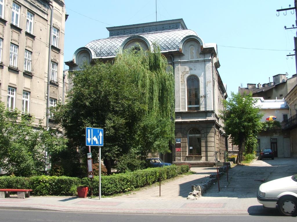 Synagoga na ul. Słowackiego – stan obecny, obecna siedziba  Miejskiej Biblioteki Publicznej w Przemyślu, fot. wyk. Jacek Błoński.jpeg