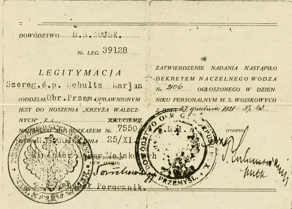03-Legitymacja Krzyża Walecznych nadanego pośmiertnie Marianowi Schultzowi, fot. ze zbiorów prywatnych M. Dumy