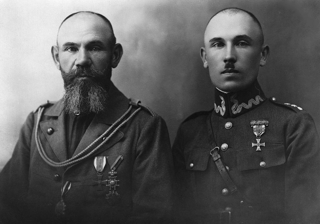 Mieczysław Ryszard Ziemiański z lewej strony i Bolesław_m.jpeg