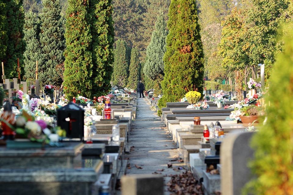 city-cemetery-zagreb-3769082_960_720.jpeg