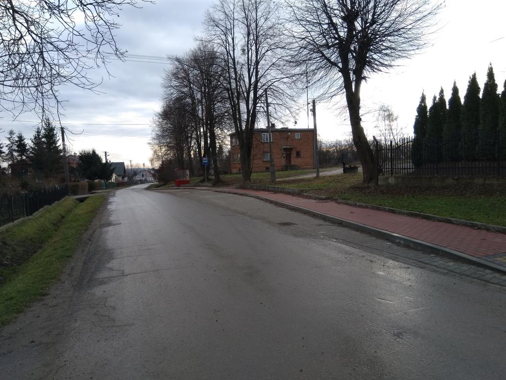 Zatoka autobusowa w m. Grochowce.jpeg