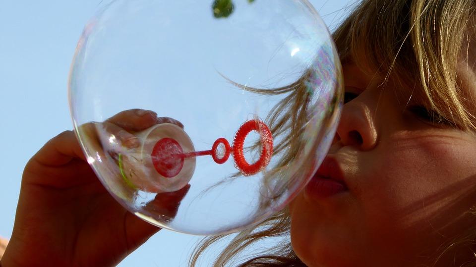 soap-bubbles-870342_960_720.jpeg