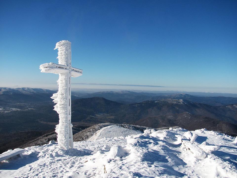mountains-1096496_960_720.jpeg