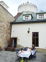 Galeria Trwają Historyczno-Artystyczne wakacje na Zamku Kazimierzowskim. Za nami kolejny dzień atrakcji w ramach letniego cyklu