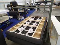 Galeria W Przemyślu ruszyła fabryka mebli Benix. Firma wciąż poszukuje pracowników