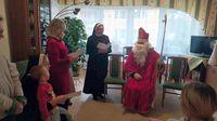 Pomocnicy Świętego Mikołaja w Domu Matki i Dziecka Caritas Archidiecezji Przemyskiej