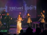 Zespół TreVoci na scenie przemyskiego Zamku