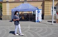 namiot szpitala wojewódzkiego, w którym odbywa się rejestracja