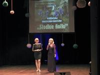 Dyrektor PCKiN Zamek Renata Nowakowska i Aleksandra Sołga ze szkoły tańca A-Z na scenie Zamku