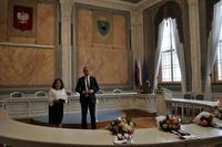 Prezydent Wojciech Bakun i Kierownik USC Urszula Golec podczas uroczystości