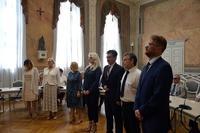 Nagrodzeni urzędnicy w trakcie uroczystości