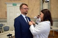 Odznaczenie - wicewojewoda Podkarpacki Jolanta Sawicka i Wiesław Panyło