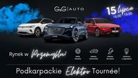 baner promujący wydarzenie - na grafice trzy samochody elektryczne marki Volkswagen, Audi i Seat oraz tekst G&GIAUTO 15 lipca 16.00 - 19.00 jazdy testowe pokazy samochodów zabawy dla dzieci konkurs z nagrodami Rynek w Przemyślu! Podkarpackie Elektro Tournée!