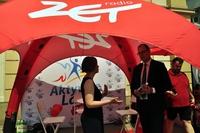 Prezydent Miasta Wojciech Bakun i Marta Kraus z Podkarpackiej Komisji Filmowej w czerwonym namiocie Radia ZET