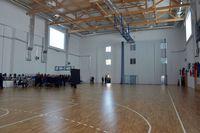 widok wnętrza hali sportowej przy SP 14 podczas uroczystości