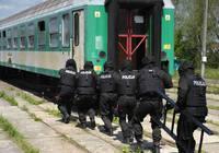 Galeria Ćwiczenia służb mundurowych na terenie bocznicy kolejowej