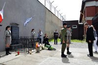 Galeria Uroczystości pod pomnikiem pomordowanych Żydów