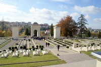 Galeria Zapłonęły Znicze na Cmentarzu Obrońców Lwowa i polskich grobach na Kresach