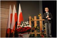 """Galeria """"Pisk Białego Orła"""" – przejmujący spektakl z okazji 100-lecia odzyskania Niepodległości w wykonaniu uczniów SP nr 11 w Przemyślu"""