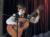 Galeria Niedźwiadkową sceną zawładnęli młodzi, szalenie zdolni muzycy z Zespołu Państwowych Szkół Muzycznych w Przemyślu