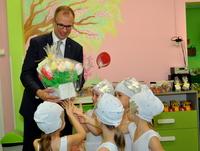 Galeria Prezydent Wojciech Bakun odwiedził przemyskie przedszkolaki…