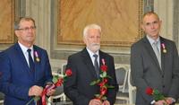 Galeria 10. Urzędników odznaczonych Medalem za Długoletnią Służbę [ZDJĘCIA]