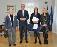 Galeria Wicemistrzyni Polski młodzików w pchnięciu kulą z wizytą u Prezydenta Miasta Przemyśla