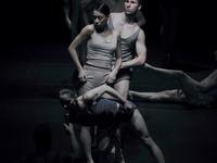 """Galeria """"Pogranicze tańca"""" – magiczny spektakl """"45"""" Polskiego Teatru Tańca"""